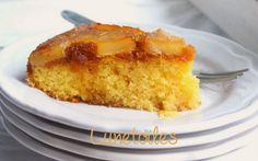 Gateau renversé a l'ananas facile Bon Dessert, Cornbread, Panna Cotta, Food And Drink, Baking, Cake, Ethnic Recipes, Ankara, Articles