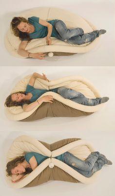 BLANDITO. Transformable pad for lazy living by Oradaria Design , via Behance - LO VOGLIO TROPPO!!!!!!!