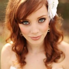 Wedding Makeup Redhead Pale Skin pin by lizzie daniels on inside ginger hair makeup Redhead Bride, Wedding Makeup Redhead, Romantic Makeup, Redhead Makeup, Wedding Makeup Tips, Natural Wedding Makeup, Bride Makeup, Makeup For Redheads, Natural Makeup