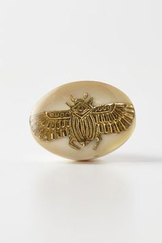 Phedra Knob If I can convince my husband I can't love without these, you will find them in my kitchen on at least 2 doors Shabby Chic Furniture, Vintage Furniture, Dresser Knobs, Cabinet Knobs, Knobs And Knockers, Anthropologie Uk, Vintage Interiors, Fantasy Wedding, Home Hardware