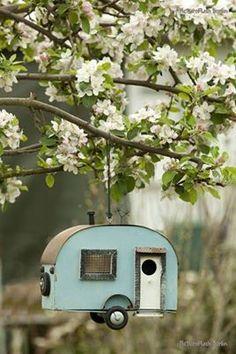 Bird House Camper Van <3 Want