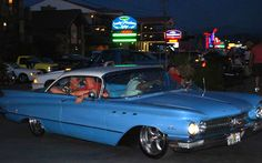 No matter if you're a first-time rod run attendee or a seasoned car show pro, you might find the following tips helpful when navigating the sea of chrome and classic cars that you'll find in lining the Parkway during a Pigeon Forge rod run!