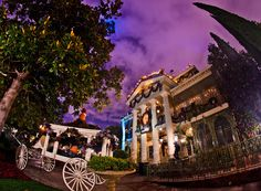 Guide to Halloween Time at Disneyland