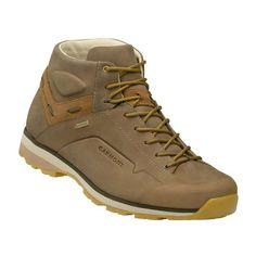 """Timberland: the """"Original Yellow Boot"""" has long been a popular American icon, the classic look has been copied by many, but never really duplicated. Timberland Outfits, Timberland Stiefel Outfit, Best Hiking Boots, Mountaineering Boots, Timberland Waterproof Boots, Yellow Boots, Shoe Company, Sport, Leather Boots"""