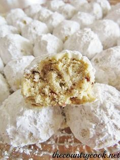The Country Cook: Southern Pecan Butterballs