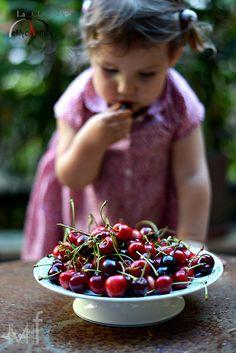 Cherries! http://lacucinadicalycanthus.net/wp-content/uploads/2015/06/DSC_48751.jpg