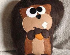 cuscino in feltro scoiattolo