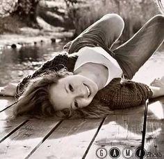 Gabrielle Hecl :')