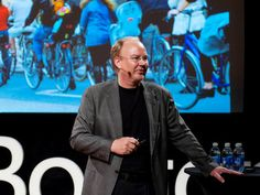 VIDEO (click twice): How can we fit more people into cities without overcrowding? Kent Larson shows off folding cars, quick-change apartments and other innovations that could make the city of the future work a lot like a small village of the past. Ted Videos, New Urbanism, Daily Video, Smart City, Urban Planning, Ted Talks, Meeting New People, Critical Thinking, People Like