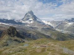 Pictures, report and film about #Matterhorn Ultraks Trail in #Switzerland: http://laufspass.com/laufberichte/2013/matterhorn-ultraks-2013.htm