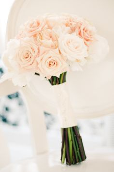 Beautiful bouquet of cream and blush roses. Photo by Honey Honey Photography. www.wedsociety.com #wedding #bouquet #rose