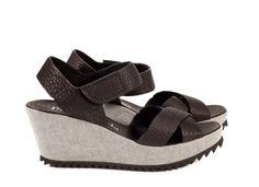 Freida, 'pebbly' criss-cross sandal in black cervo | Pedro Garcia Shoes Spring Summer 2014