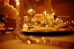table setting with candles #wedding #reception I love the low lighting with all of the candles. Very intimate