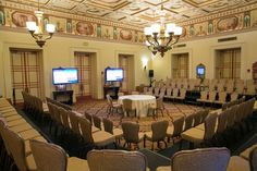 The Breakers Palm Beach: A threesided set up gives attendees a sense of proximity to the speakers.