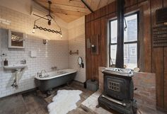 Cabin tub