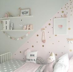 Add a touch of fun to your walls with Gold Dot decals! has one - Baby girl room - Kinderzimmer Baby Bedroom, Baby Room Decor, Girls Bedroom, Bedroom Furniture, Bedroom Decor, Bedroom Ideas, Cool Teen Bedrooms, Toddler Rooms, Girl Bedroom Designs
