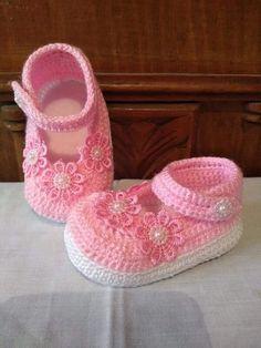 zapatos de bebe en crochet