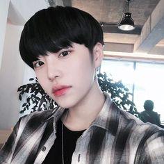 615 seguidores, 63 seguindo, 13 publicações - Veja as fotos e vídeos do Instagram de 이 윤 지 (@1997_07_27)