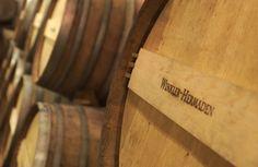 Holzfässer aus Kapfensteiner Eiche / wood barrels from our own Kapfensteiner oaks Wood, Crafts, House, Oak Tree, Drinking, Essen, Manualidades, Woodwind Instrument, Home