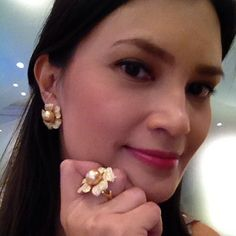 .@Daphne Holthuizen Osena   Woke up this morning got showered with @Jewelmer south sea pearls. This...   Webstagram - the best Instagram viewer Woke Up This Morning, South Sea Pearls, South Seas, Instagram