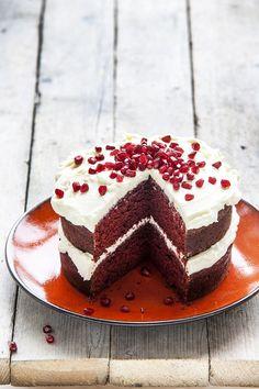Red velvet cake van Menno (Heel Holland Bakt) - Culy.nl