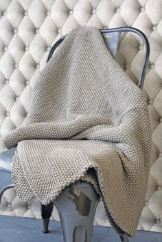 Beautifully Cosy Moss Stitch Cotton Throw - Stone