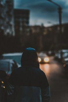 walking by night in the city * marcher la nuit dans la ville