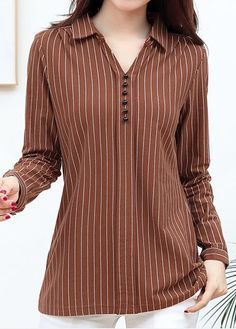 50 Women Blouses For Your Perfect Look This Summer #striped #shirts #stripedshirt #blouse