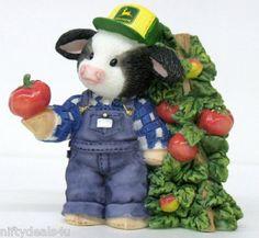 Mary Moo Moo's John Deere Cow with Apple