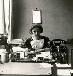 26 Ideeen Over Miep Gies Anne Frank Geschiedenis Wereldoorlog