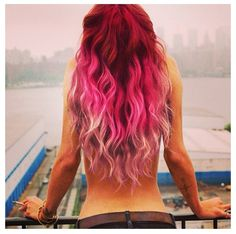 Fun red/pink hair. Idk if I worlds ever do this, but the colors are so pretty