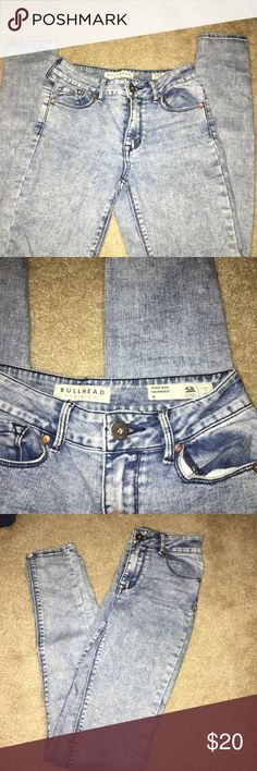 Pacsun Bullhead Denim Jeans Pacsun Bullhead Black Denim Jeans, size 0 in the high rise skinniest jeans style! Lightly worn, doesn't fit anymore! They have an acid wash color. A true 0 (22 inch waist), more than 50% off original price! PacSun Pants Skinny