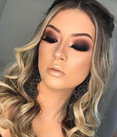42 magnificent wedding makeup looks for your big day 23 Smokey Eye Makeup, Eyeshadow Makeup, Makeup Brushes, Prom Makeup, Bridal Makeup, Vegas Makeup, Make Makeup, Makeup Inspo, Makeup Inspiration