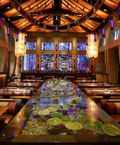 Yup, it's the home of Harry Potter. But Universal Orlando also has some great places to eat. Here are the best sit-down eateries. Updated in 2015.: Number 10: Emeril's Tchoup Chop