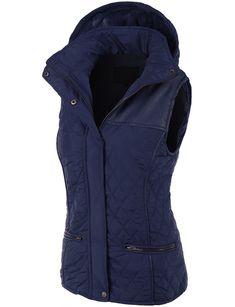 LE3NO Womens Faux Fur Quilted Puffer Jacket Vest with Detachable Hoodie  Chaleco Acolchado 7ecf98bdd956d