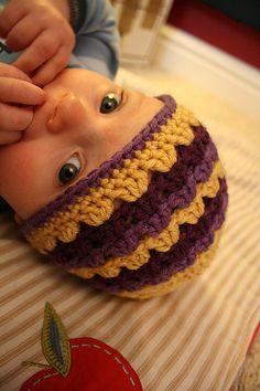 Shell Stitch Baby Beanie Tutorial.