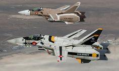 Macross VF-1S and VF-1J | Flickr - Photo Sharing!