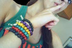 pulseiras, pulseiras, pulseiras! ahá! <BR>quem quiser pode chegar! xD <BR> <BR> <BR> <BR> <BR> <BR> <BR>[flor de menina] <BR>sarynha_goulart@hotmail.com | sarynha_