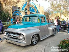 Antique Pickup Trucks   ... Annual Grand National Roadster Show Classic Ford Truck With Paintjob
