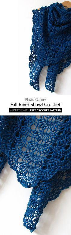 49 Ideas crochet poncho shawl fall for 2019 Crochet Shawl Free, Crochet Beanie Pattern, Crochet Shawls And Wraps, Crochet Stitches Patterns, Crochet Scarves, Crochet Designs, Yarn Projects, Crochet Projects, Crochet Capas