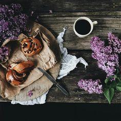 Bom dia, amigos... ✌☕😉