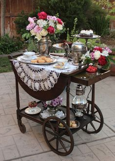 Tea Rooms in America. A place for people that love tea and tea rooms in America. I love tea rooms and dream of opening my own one day. Antique Tea Cart, Tea Cup Display, Tea Trolley, Tea Party Decorations, Afternoon Tea Parties, Tea Tray, Tea Service, My Tea, Vintage Tea