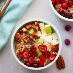 Don't skip breakfast on Thanksgiving morning! Start off your day with this high protein cranberry apple oatmeal. With whipped eggs added to your oats, it adds satisfying protein and a fluffy texture. Healthy Breakfast Recipes, Brunch Recipes, Healthy Recipes, Breakfast Ideas, Cranberry Recipes Healthy, Power Breakfast, Breakfast Club, Vegan Breakfast, Eating Healthy
