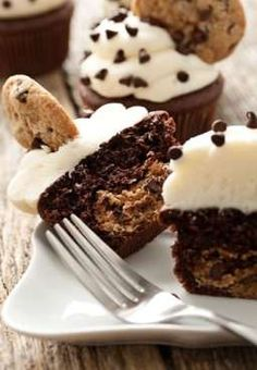 Chocolate Chip Cookie Dough Cupcakes | My Baking Addiction