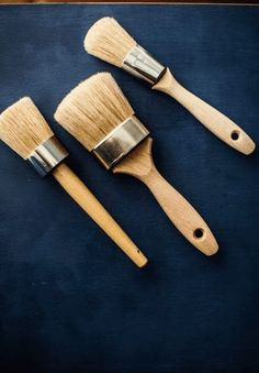 Vintage Furniture, Cool Furniture, Painted Furniture, Natural Bristle Brush, Ear Hair, Best Investments, Dry Brushing, Milk Paint, Paint Brushes