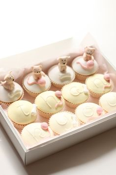 cupcakes are such a sweet way to say thank you. a lovely customer of mine ordered these to say thank you to the staff at a local vet clinic ...