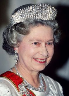 """In order for the tiara to appear """"tighter"""" as it did, for example, when HM wore it recently in Canada, it only need be fastened into a more restrictive frame. The tiara has been a royal favorite ever since. More British Royal Tiaras - The Tudors Wiki"""