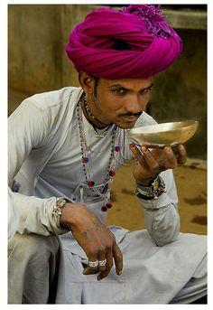 A bejeweled Rabari man sips tea from a saucer ♥✫✫❤️ *•. ❁.•*❥●♆● ❁ ڿڰۣ❁ La-la-la Bonne vie ♡❃∘✤ ॐ♥⭐▾๑ ♡༺✿༻ ♡·✳︎·❀‿ ❀♥❃ ~*~ TUE May 31, 2016 ✨вℓυє мσση ✤ॐ ✧⚜✧ ❦♥⭐♢∘❃♦♡❊ ~*~ Have a Nice Day ❊ღ༺✿༻♡♥♫~*~ ♪ ♥❁●♆●✫✫ ஜℓvஜ