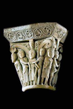 Capitel románico.