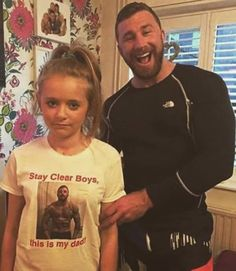 96cfa1a4 Dads with daughters Wtf Funny, Funny Jokes, Humor 1, Dilema, Fathers,